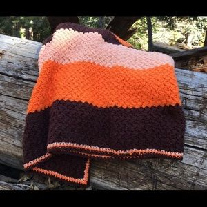 VINTAGE 70's crocheted blanket, fall colors🍁🌾
